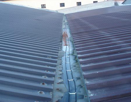 Grijanje uvale limenog krova