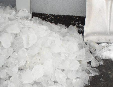 Led iz vertikalnog odvoda