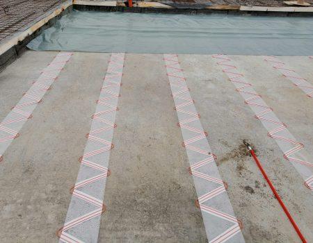 Montaža grijaće folije na zaštitni estrih hidroizolacije