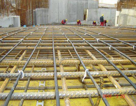 Ugradnja grijaćih kabela vezivanjem na armaturnu mrežu