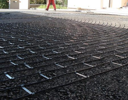 Priprema grijaćih kabela za ugradnju u 2. sloj asfalta