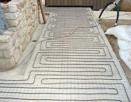 Ugradnja grijaćih kabela na pješačku stazu
