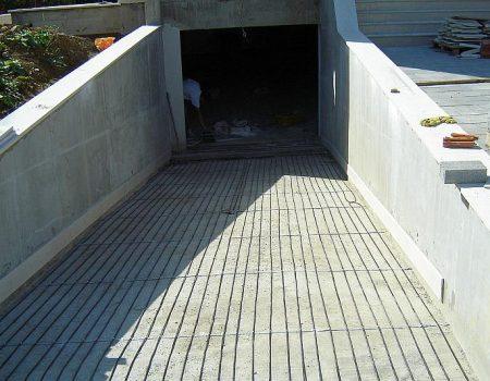 Ugranja grijaćih kabela na garažnu rampu